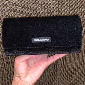 Velvet Dolce & Gabbana new sunglasses case